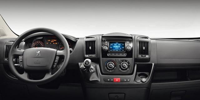 Peugeot Boxer Interior