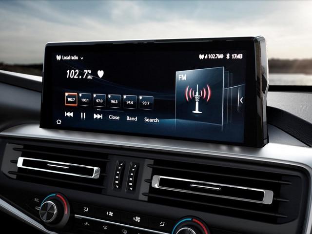 "Nuevo pick-up PEUGEOT LANDTREK Multipurpose pantalla táctil de 10"""