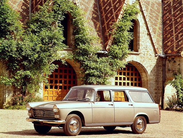 El automóvil – Peugeot 404 Familiale