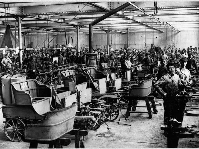 La aventura familiar – 1897, taller dedicado íntegramente al automóvil