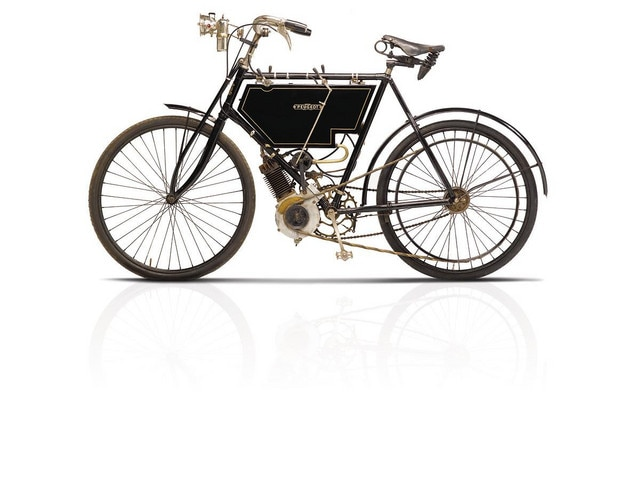 Bicicletas y motos – 1901, lanzamiento de la primera motocicleta de 198cm3