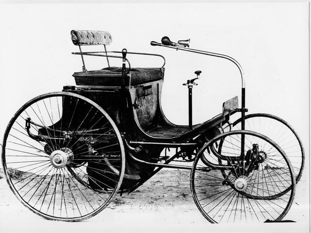 Dos siglos de innovación – Ilustración del cuatriciclo Peugeot Type 2 en 1890
